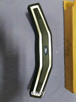 Nos 1982-86 Ford F-150 Horn Button Bronco Xls